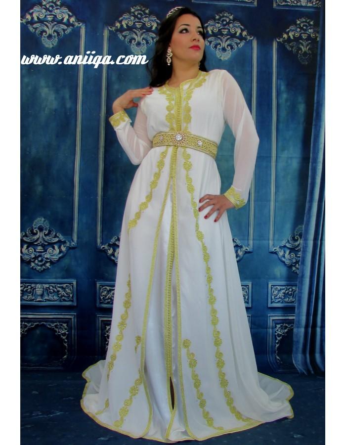 robe de soirée orientale et arabe blanche pour mariage. Loading zoom