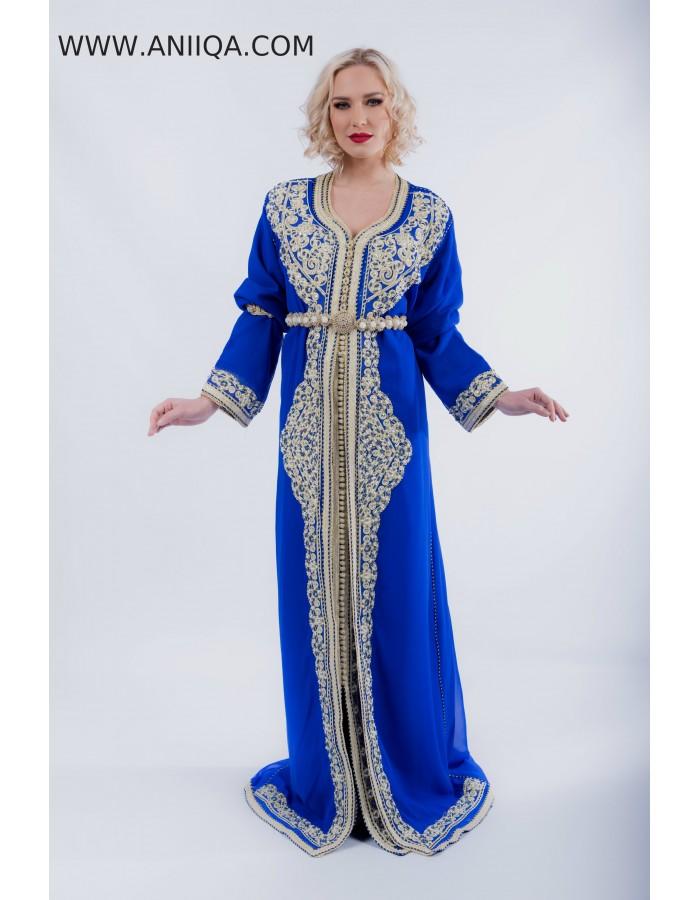 robe marocaine 2018 2019 moderne. caftan bleu roi a paris.caftan chic 3ed73e0bb85